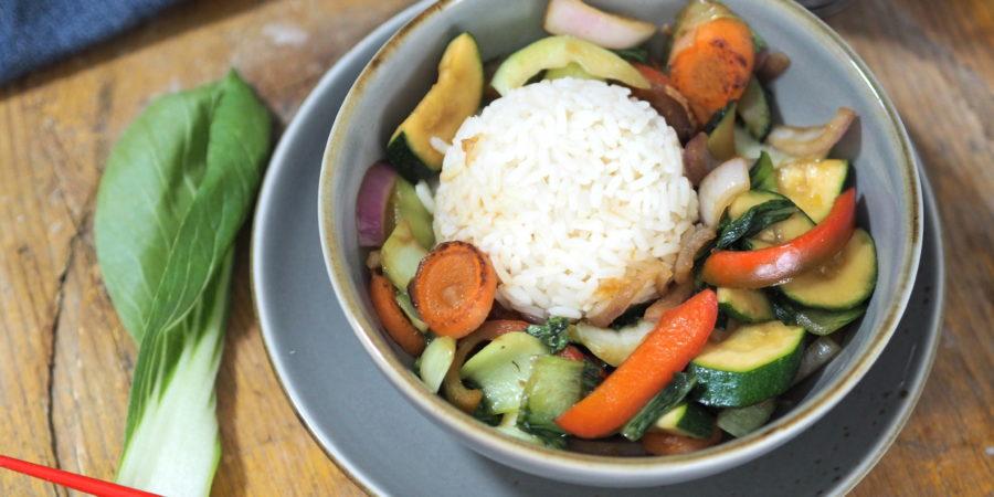 Pak Choi Gemüse aus dem Wok